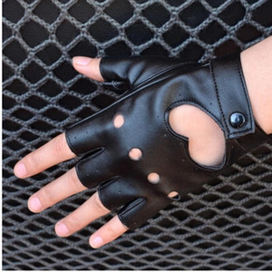 Comfortable Women's Semi-finger Hip-hop Style Gloves Lady's Heart Cutout Sexy Fingerless 2018 Gloves Girls Performance Dancing