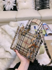 Wholesale New Arrival Cute Roomy Plaid Travel Mini Ladies Girls PU Leather Clutch Portable Bag Summer Trip Jelly Shoulder bag New Items