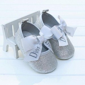 Wholesale Fashion baby moccasins PU Leather toddler first walker soft soled baby girls shoes Newborn boys Sneakers for M