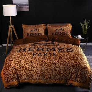 Wholesale Leopard Printing Bedding Supplies High Quality Cotton Bedding Sets Letter Printing Duvet Cover Set Home Textiles Sizes