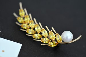 Exquisite Korean Version of The Fashion Ruili Brooch Pin Zircon Gold Wheat Clothing Pearl Boutonniere Suit Accessories Brooch