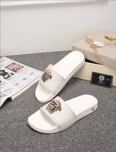 New Slippers men summer popular logo honey bees pu leather face lovers fashionable beach slippers women indoor anti-skid thick bottom