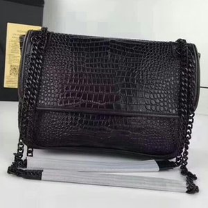 Wholesale 2019 European and American fashion handbags Designer handbags women s trend crossbody bag Classic style Unique texture Perfect metal chain