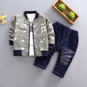 Wholesale baby printed tracksuits resale online - Spring Autumn Baby Boys Clothing Set Fashion Print Jacket T Shirt Denim Pants Kids Boys Outfit Infant Tracksuit Set
