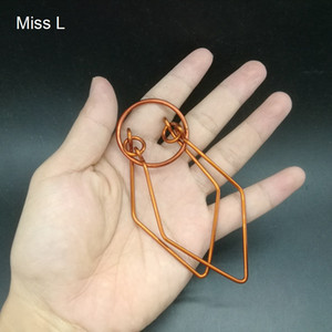 Wholesale Jade Shape Red Copper Wire Puzzle Hand Made Toy