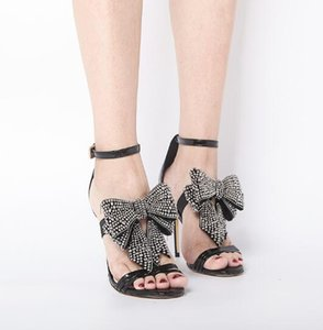 2019 Summer Gold Removable Bow-Knot sandals Bling Bling Crystal sandals Pearl Butterfly-knot for Women High Heels wedding shoes