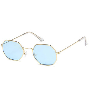 Wholesale New trend small box sunglasses retro street shot sunglasses transparent ocean board sunglasses decorative glasses high end gifts