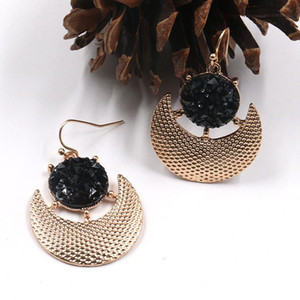 Women Gold-filled Crescent-Shaped Connecting Black Crystal Stone Earrings Personality Fashion Simple And Refined Glamour Earring