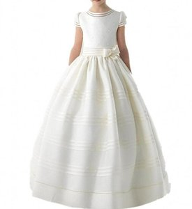 Wholesale Ivory Satin Beading Pearls Flower Girls Dresses With Short Sleeves Infant Little Kids Pageant Dress Bow Sash Children Wedding Birthday Dress