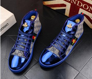 Wholesale High Quality Fashion Men High Top British Style Rrivet Shoes Men Causal Luxury Shoes Red Gold Blue Bottom rubber Dress Shoes for Male