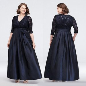 Wholesale Black Plus Size Lace Mother of the Bride Dresses With Long Sleeves V Neck Sequined Wedding Guest Dress Ankle Length Taffeta Evening Gowns