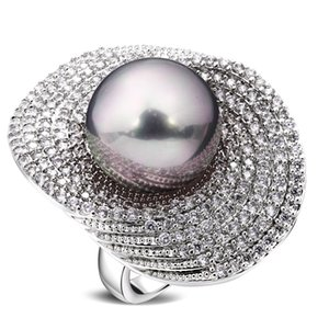 Wholesale Big Rings For Women Rhodium Plated W Cubic Zircon Imitation Pearl Copper Ring New Designer Fashion Jewelry J