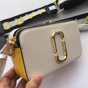 Wholesale 2019rushed Sale Polyester The New Spring And Summer Cow Leather Handbag Shoulder Wide Straps Folder Stripe Satchel Bag Small Y19052402