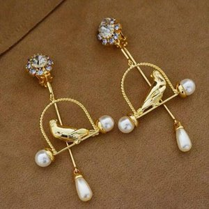 Wholesale Elegant retro classic fashion popular new wild dinner fairy rhinestone high quality court metal baroque pearl drop bird cage flash earrings