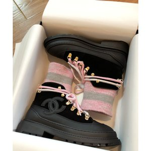 High Quality Martin Boots Female 2019 Winter New Wild Low Heel Boots Black British Wind Explosion Models Women's Boots t0002 Size 35-40 on Sale