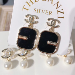 Wholesale 2019 The latest style of rhinestone alloy jewelry fashion earrings jewelry luxury earrings Mother s Day gift