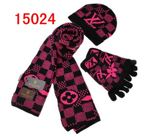 Wholesale High Quality Men Women Designer Hat Scarf Set European High-end brand wool cap Fashion Accessories Knitted Scarf Hat Glove Wraps Sets