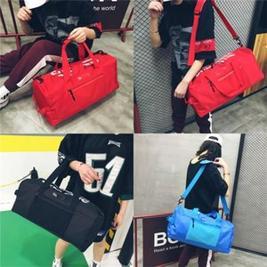 Wholesale Sup Brand Man Gym Bag Leisure High Capacity Women Handbag Red Blue Black Duffel Bags Outdoor Single Shoulder Fashion tm D1