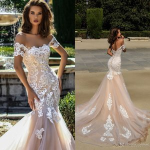 2019 Elegant Mermaid Wedding Dresses Off Shoulder Sweetheart Lace Applique Champagne Lace Up Sweep Train Plus Size Bridal Gowns