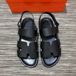 Wholesale Classic men flat Sandals Black style flat shoes Resort beach shoes size hot sale in