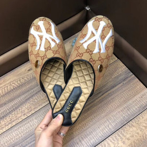 Wholesale Fashion Luxury designer brand men s Shoes half slippers summer men s striped sandals casual fashion designer slippers half drag size