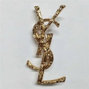Designer brand Classic Style Lady Gold Sliver Brooch Fashion Pin for Party Fashion Lapel Pin Men Jewelry Fashion Men Mental Pin Brooch on Sale