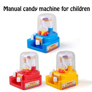 Wholesale Mini Doll Machine Grab Ball Candy Catcher Gum Crane Kids Party Toys Role Play