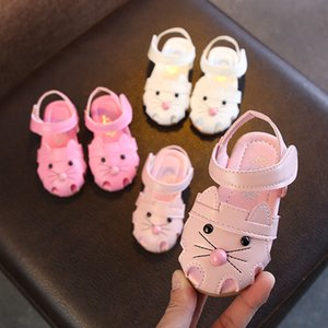 Wholesale Designer 2019 spring and summer new cartoon soft bottom children's shoes Baotou female baby sandals high-end Korean children's sandals