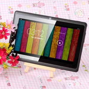 tablet bluetooth 4.4 venda por atacado-7 polegadas GB ROM A33 Quad Core Tablet PC Q8 Allwinner Android capacitivo de GHz MB de RAM WIFI Bluetooth Dual Camera Flashlight Q88