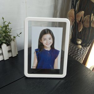 Wholesale Simple Fashion Picture Frame Plastic Photo Frame for Home Decor