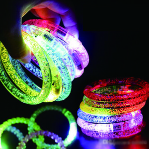 Wholesale 2019 LED Acrylic Glitter Glow Flash led Bracelet Light up toys Sticks Luminous Crystal Hand Ring Bangle Stunning Dance Party Christmas Gifts