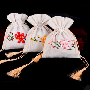 Wholesale Tassel Small Linen White Gift Bag Drawstring Jewellery Pouch Handmade Ribbon Embroidery Birthday Party Favor Bags