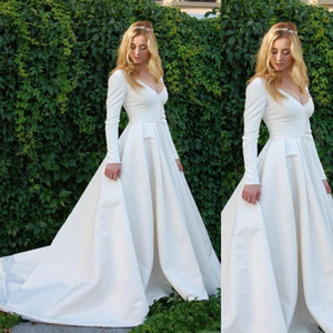 Vintage Long Sleeves Wedding Dresses 2020 V Neck Simple Garden Country Beach Bridal Gowns Plus Size Bride Dress