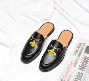 Wholesale 2019 New men dress shoes dress shoes mules Horsebit Little bee embroidery men casual shoes Half slipper Large size US