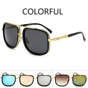 Wholesale 2019 NEW Designer Sunglasses Unisex Street Shoot Fashion Sunglasses Big Box Glasses Fashion Star with The Same Paragraph
