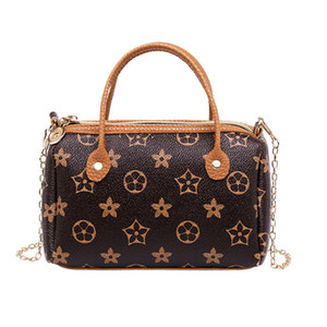 Retro Handbag With Golden Chain Mini soft Messenger Bag European and American Style Fashion Shoulder Bag on Sale