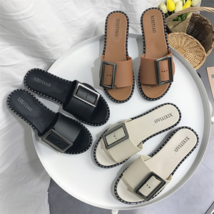 Wholesale Beach Shoes Square Buckle Sandals Non Slip Slipper Flat Bottom Ladies Comfortable Casual Oudoor Colors Mix rhf1