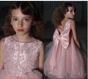 Wholesale Lovely Pink Flowers Girls Dresses Jewel Lace Beads Big Bow Princess Kids Toddlers Tulle Pageant Gowns Wedding Evening Party Dress