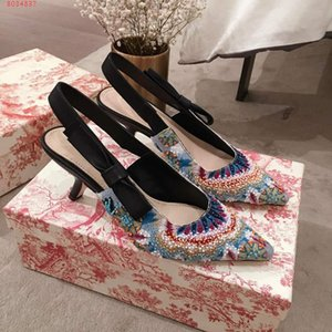 Wholesale Women new high heels Embroidered beaded sandal Casual and stylish leather sandals with large soles and medium heels