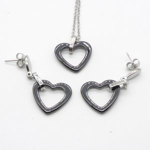Wholesale Suef New Necklace earrings set women Black White Environmental Ceramics Hollow heart Stainless jewelry Best selling Wedding