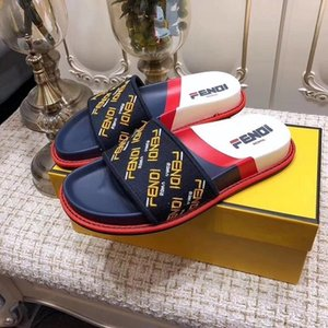 Wholesale 2019 mens fashion thick Molded rubber footbed slide sandals with Beige ebony tiger print euro35 box dust bags