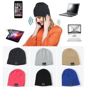 fones de ouvido bluetooth quente venda por atacado-Música Bluetooth Beanie Hat Smart Wireless Headset Headphone Cap Microfone Handsfree Winter Music macio morno Knit Hat DBC VT1173