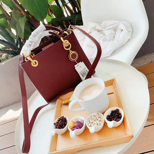 Wholesale Hot Sale Lady Designer Shoulder Bag Luxury Handbag Brand Shoulder Bag Chic Colors Burgundy B100702Z