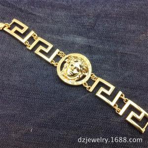 Designed Link Bracelets Hot Bracelets Hip Hop Rock Star Gift for Friends Good Decoration for Clothings