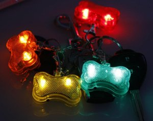 Wholesale bone style Dog Flashing Clip On Collar Led Light Charm Id Tag Flash Or Glow Modes Colors SN3448