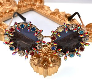 Women sunglass 2019 lace retro sunglasses new fashion rhinestone sun flower stereo sunglasses ladies wholesale 0722 on Sale