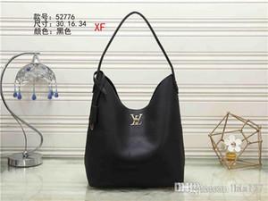 189A 2019 hot new high quality chain shoulder fashion bag casual fashion bag tassel decoration single shoulder handbag134 AA 157 A189