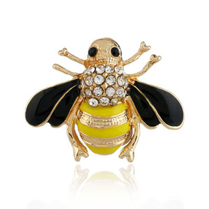 Wholesale Bee Brooches Enamel Esmalte Broches yellow Color Champagne Rhinestone Hijab Pins juego de tronos Halloween joyas High Quality