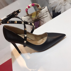 Wholesale 2019 Designer women high heels party fashion rivets girls sexy pointed shoes Dance wedding shoes ankle straps sandals Women Stud Sandals