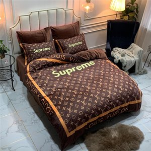 Wholesale S Letter Striep Designer Bedding Cover Sets New Brown Flower Print Bed Sheet Pillowcase Quilt Cover Suit